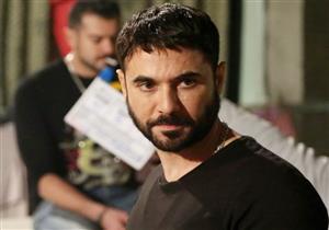 """بعد إصابة أحمد عز..  تعرف على """"التهاب الأحبال الصوتية"""" وعلاجه"""