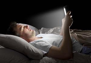 لهذا السبب يجب عدم استخدام الهواتف الذكية قبل النوم