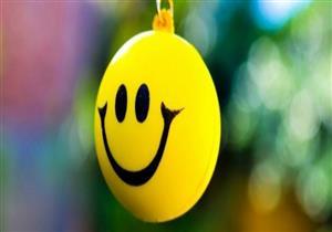 """في اليوم العالمي للسعادة.. 6 عوامل نفسية تمنحك إياها """"منها الأكل"""""""