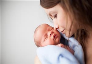 في عيد الأم.. دليل الأمهات الجدد لرضاعة طبيعية آمنة