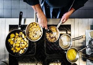 لتجنب التسمم الغذائي.. نصائح بسيطة لنظافة طعامك ومطبخك