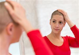 لماذا يفقد مرضى السرطان شعرهم  أثناء العلاج الكيماوي؟