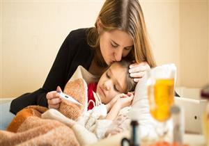 72 ساعة من التقلبات الجوية.. دليلك لحماية طفلك من نزلات البرد