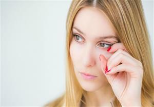 قشرة العين.. إليك الأسباب والأعراض وطرق العلاج