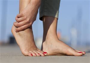 6 أسباب مختلفة لآلام الساقين.. إليك طرق علاجها (صور)