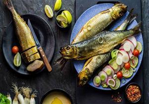 لتجنب التسمم الغذائي.. دليلك لشراء وتناول الأسماك المملحة في العيد