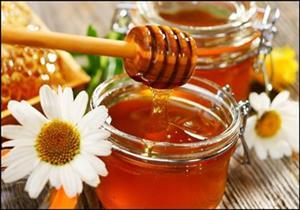 3 نصائح هامة للحصول على عسل أبيض جيد عند الشراء.. تعرف عليهم