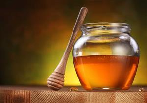 تتناول عسل النحل يوميًا؟.. تعرف على الكمية المناسبة لصحتك