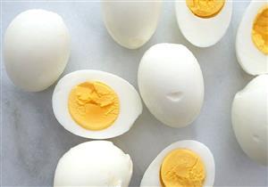هل سلق البيض لمدة طويلة يعرضك للتسمم؟.. إليك الحقيقة