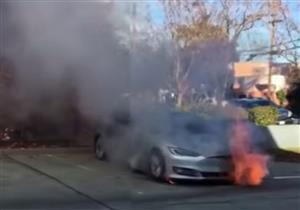 بالفيديو.. كاميرا مراقبة تسجل لحظة انفجار سيارة تيسلا S في الصين
