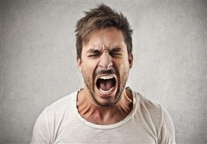 متى يكون المريض النفسي خطرًا على نفسه وأسرته؟