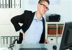 للموظفين..نصائح تحميك من أضرار الجلوس لفترات طويلة