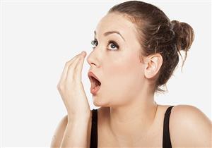 هل تناولت الفسيخ والرنجة؟.. خطوات بسيطة للتخلص من رائحة فمك