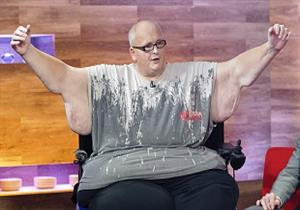 ازداد 275 كيلو جرام.. أسمن رجل في العالم يفشل في فقدان الوزن