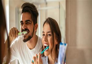تنظيف الأسنان يقيك من مشكلات الذاكرة والزهايمر.. إليك السر