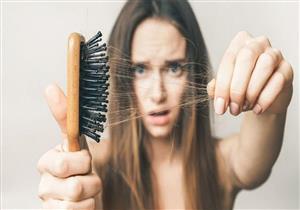بسبب هذه الصبغة.. فتاة تفقد شعرها وتصاب بحروق فروة الرأس (صور)