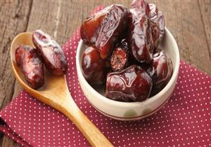 يعالج الإمساك ويحميك من السرطان.. 10 فوائد مذهلة للتمر في رمضان