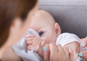 دراسة: بسترة حليب الثدي تثبط فاعلية فيروس كورونا