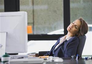 5 نصائح للتغلب على الرغبة في النوم خلال منتصف اليوم