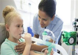 «الغذاء والدواء» توافق على علاج جديد للأطفال المصابين بالتليف الكيسي