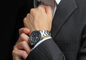 ساعة يدك تحمل جراثيم أكثر من المرحاض.. تعرف على السبب