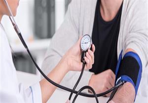 """دراسة صادمة تكشف: مرضى الضغط مهددون بـ""""ألزهايمر"""""""
