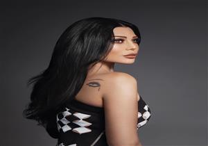 """""""بفستان قصير وتاتو على ظهرها"""".. أول جلسة تصوير لهيفاء وهبي بعد وعكتها الصحية"""