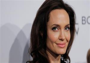 """مفاجأة.. علاج جين """"أنجلينا جولي"""" ينقذ الرجال من مرض قاتل"""