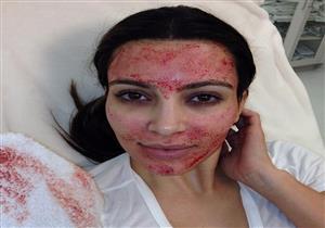 """بسبب الإيدز.. ولاية أمريكية تحذر من استعمال قناع """"كيم كارداشيان"""" في التجميل"""