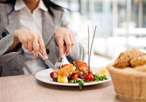 للوقاية من كورونا.. 5 علامات تخبرك بعدم الجلوس في هذا المطعم (صور)