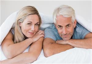 5 نصائح للاستمتاع بالعلاقة الحميمة مع تقدم العُمر (صور)