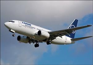 أول تحرك حكومي بعد الاعتداء على راكب مصري داخل طائرة رومانية