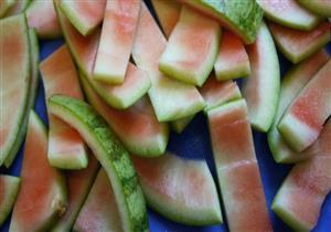 7 فوائد لا تتوقعها لقشر البطيخ.. إليك طريقة تناوله