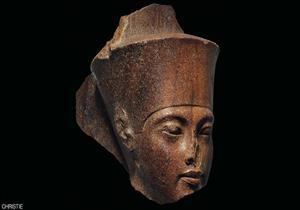 a50d3ee4d المجموعة البرلمانية المصرية البريطانية تدين بيع الآثار في صالة مزادات