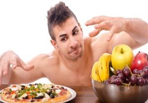 6 أسباب تدفعك للابتعاد عن تناول الطعام بسرعة.. تعرف عليها