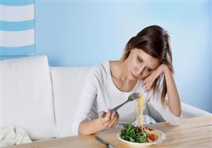طبيب يحذر من فقدان الشهية: ينذرك بخطر الإصابة بالاكتئاب (فيديو)