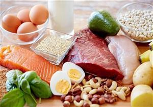 من بينها الفراولة..10 أطعمة تمد الجسم بالطاقة (صور)