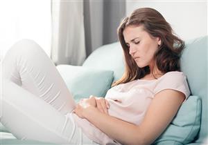 للسيدات.. دليلِك للتفرقة بين أعراض الحمل والدورة الشهرية