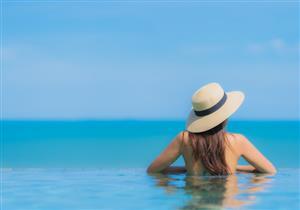 لحماية شعرِك من الجفاف.. 6 نصائح احرصي عليها قبل نزول البحر (صور)