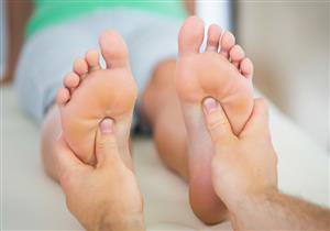 تعاني من آلام مشط القدم؟.. إليك الأسباب والأعراض والعلاج