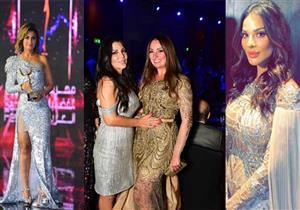 أبرز إطلالات النجمات في مهرجان الفضائيات العربية