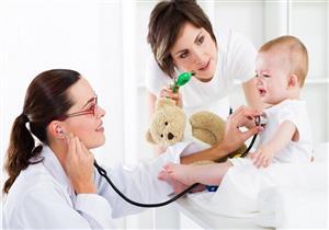 أبرزها ازرقاق الشفاة واللسان.. 6 علامات تكشف إصابة طفلِك بأمراض القلب