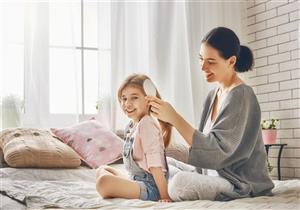 أبرزها التسمم.. علاج القمل بالمبيدات الحشرية يهدد طفلِك بمضاعفات خطيرة