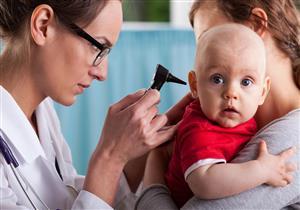 يصيب 34 مليون طفل بالعالم.. إليك طرق الوقاية من فقدان السمع عند الصغار