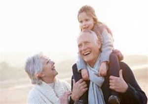 شملت 100 ألف شخص..دراسة تحدد 5 عادات صحية تطيل العمر 10 سنوات