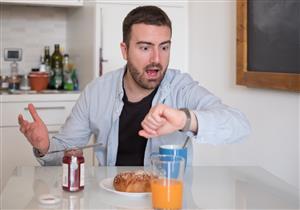 تزيد وزنك.. 5 عادات خاطئة تجنبها على الإفطار (صور)