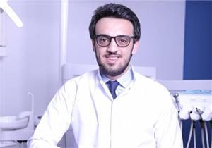 طبيب يحدد أفضل وقت لزراعة الأسنان والإجراءات الواجب اتباعها