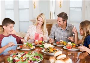 التخلي عن وجبة الغداء يهددك بأضرار متعددة.. منها زيادة الوزن