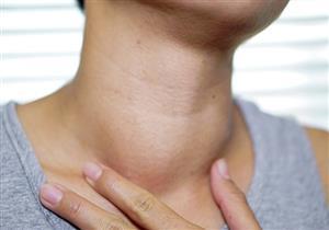 منها بحة الصوت.. 7 أعراض تكشف إصابتك بسرطان الغدة الدرقية
