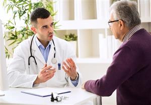 أعراض مرضية خطيرة لسرطان البروستاتا المتقدم.. طبيب يوضح طرق علاجه